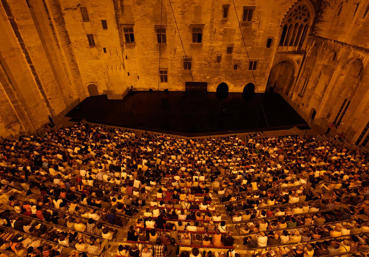 Cour d'honneur Festival Avignon